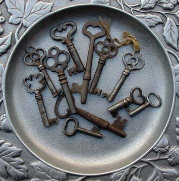 Symbol - Skeleton Keys-Small